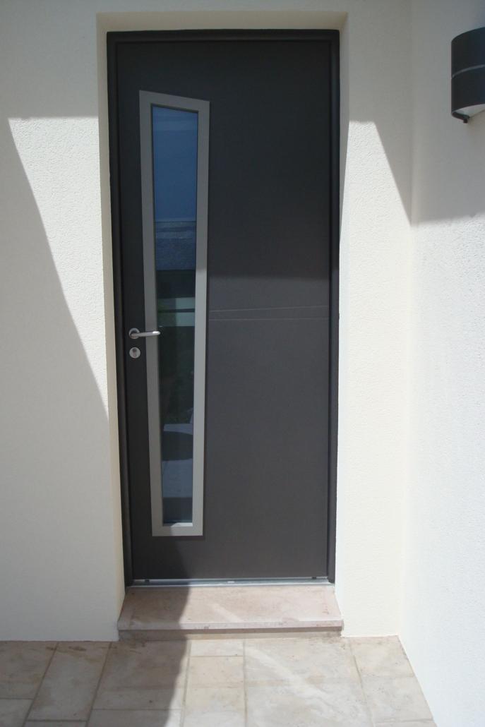 DSC02125-687x1030 Fabrication et pose de portes d'entrée à Blois Etienne Bouclet