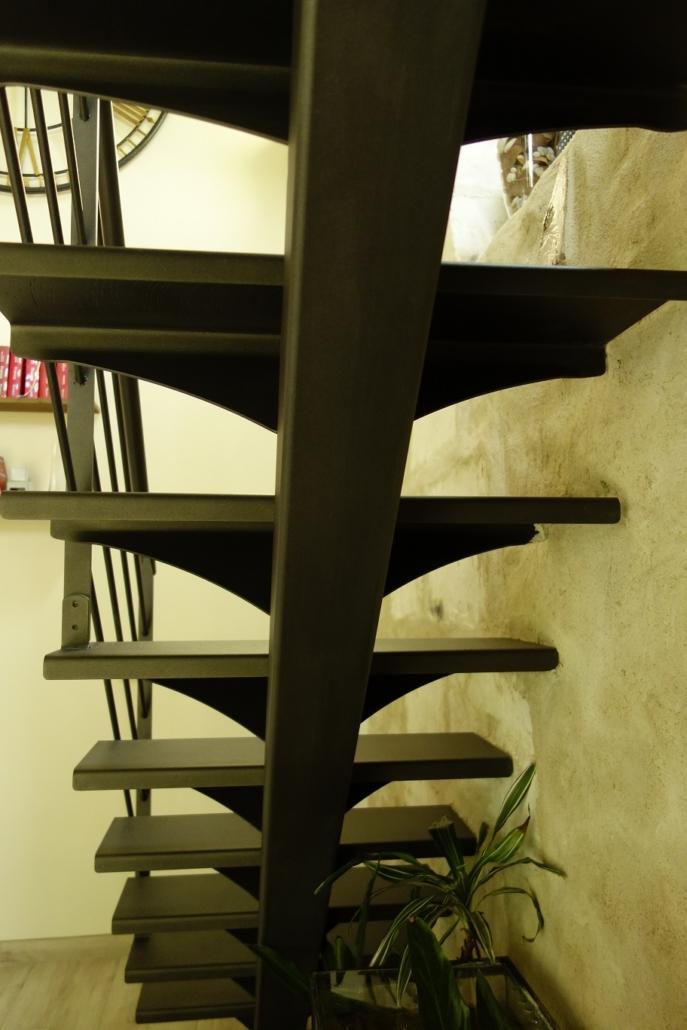 DSC0984-Copie-687x1030 Fabrication et pose d'escaliers à Blois Etienne Bouclet