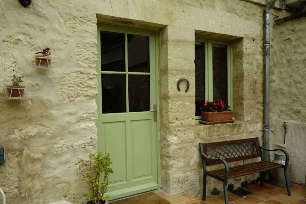 bouclet-photo-nos-metiers-scaled-e1593426039816-1030x687 Fabrication et pose de portes d'entrée à Blois Etienne Bouclet