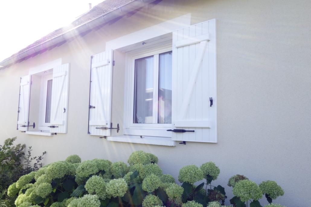 bouclet_12-fenêtres-alu_13volets-battants-scaled-1-1030x687 Poseur de volets à Vendôme (41) Etienne Bouclet