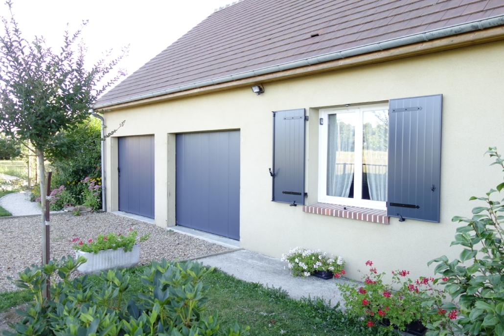 bouclet_13-volets-battants_16-porte-de-garage-1030x687 Pour une maison Etienne Bouclet