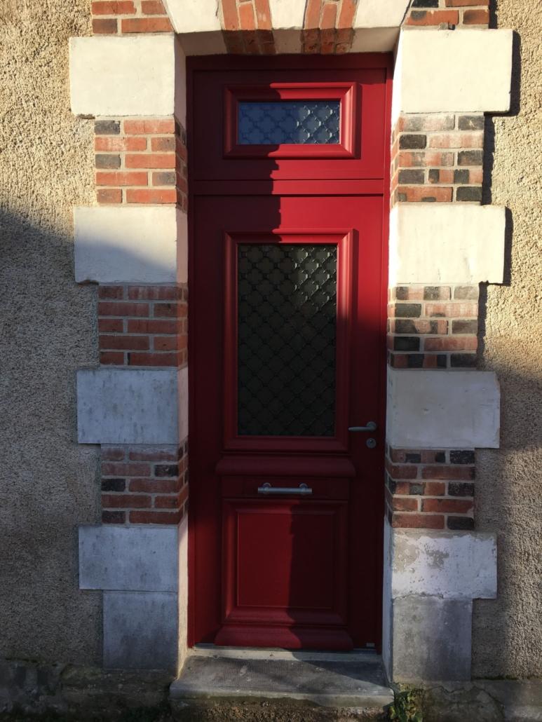 bouclet_15-porte-entrée-aluminium-imposte-et-grilles-fer-forgé-scaled-e1593508477139-773x1030 Portes d'entrées Etienne Bouclet