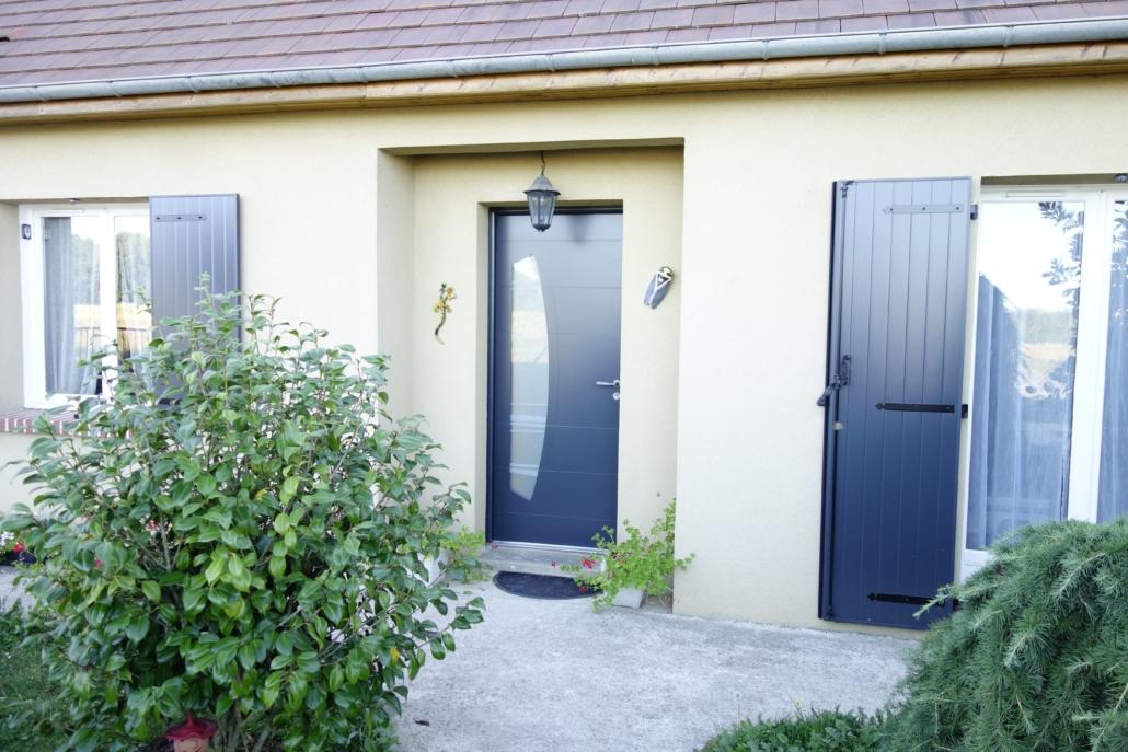 bouclet_15-porte-entrée_12-fenetre_13-volet-battant-1030x687 Portes d'entrées Etienne Bouclet