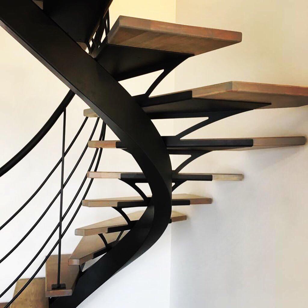 bouclet_17escalier-balancé-tournant Fabrication et pose d'escaliers à Blois Etienne Bouclet