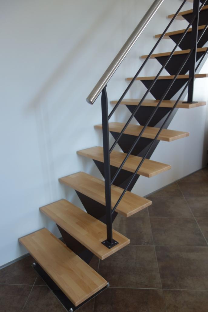 bouclet_17escalier-droit-bois-acier-et-main-cournate-inox-scaled-e1593509560835-687x1030 Fabrication et pose d'escaliers à Vendôme Etienne Bouclet