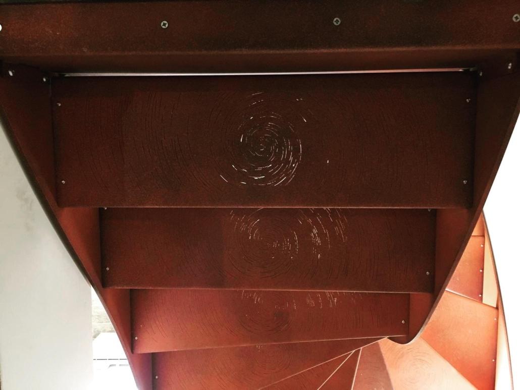 bouclet_17escalier-marches-avec-spirales-1030x773 Fabrication et pose d'escaliers à Vendôme Etienne Bouclet