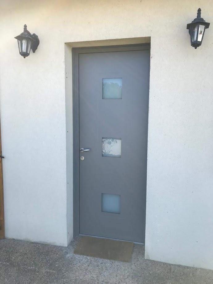 cf08db8f-33c9-47cf-beb2-bfd6795aa912 Fabrication et pose de portes d'entrée à Blois Etienne Bouclet