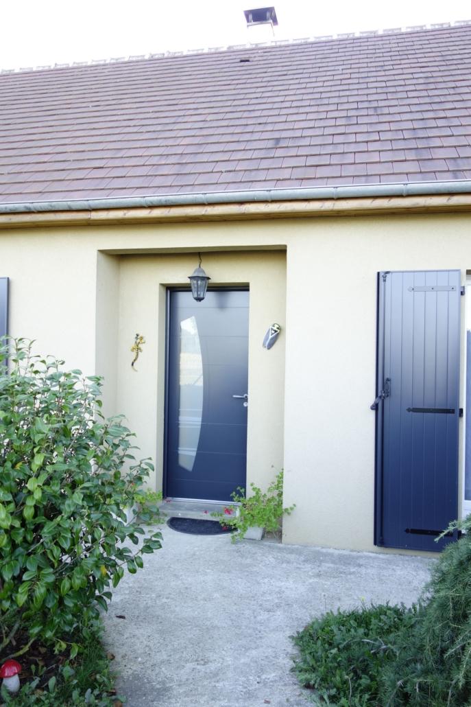 porte-entrée-687x1030 Fabrication et pose de portes d'entrée à Blois Etienne Bouclet